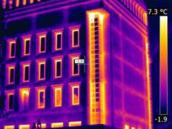 La termografía infrarroja detecta inmediatamente las localizaciones con deficiencias